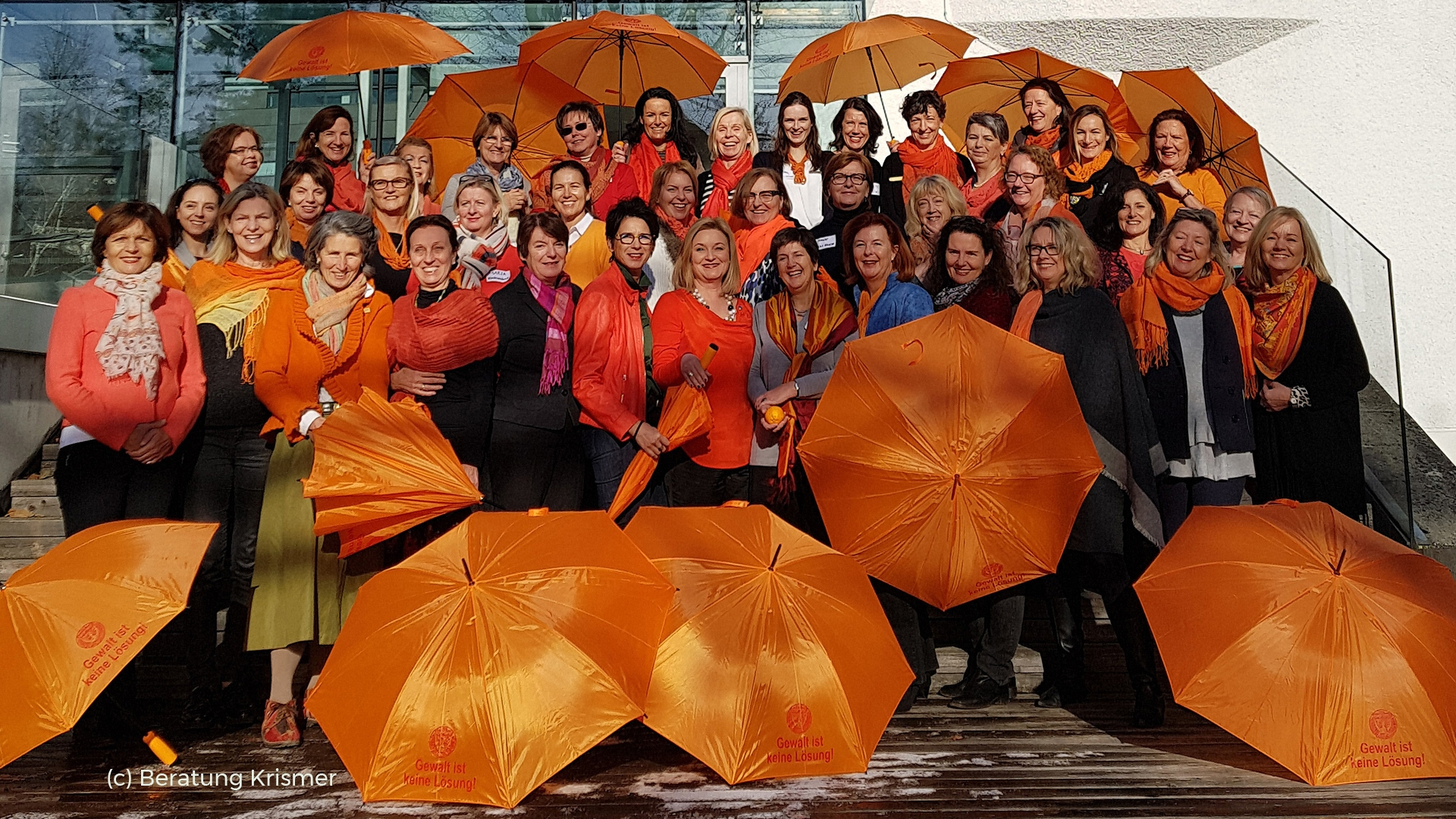 Die Teilnehmerinnen in 'Orange the World'-Mission - (c) beratung krismer
